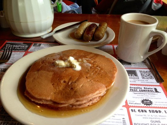 Parker's Maple Barn: Cinnamon Apple Pancakes with homemade maple syrup