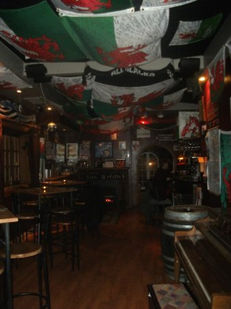 The Welsh Dragon Bar: interesting to look at