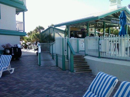 The Sandpiper Beacon Beach Resort: by hot tub looking at frozen daquiri bar
