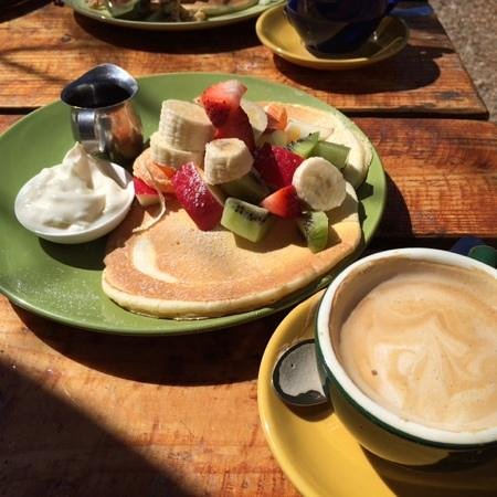 Cork Street Cafe: Fruit, yogurt and syrup pancakes