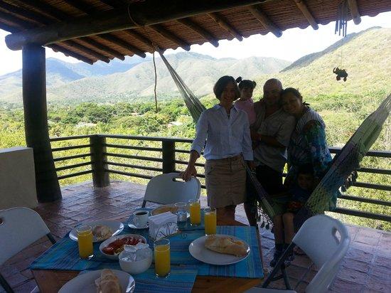 Posada Cana Fresca: Flia. Vallalta de Caracas