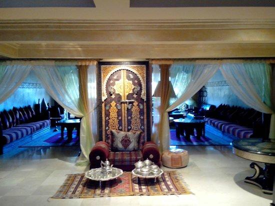 Argana Hotel: Hall