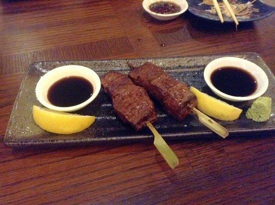 เดอะการ์เด้น โฮเต็ล แอนด์ เรสสิเดนซ์: Steak on a stick at the Japanese restaurant - fantastic!
