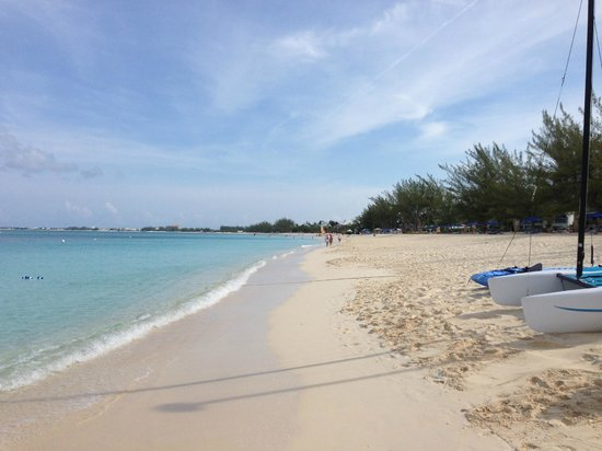 Looking down Seven Mile Beach, towards Governor's Mansion