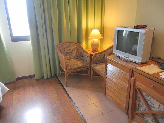 Premier Hotel: TV