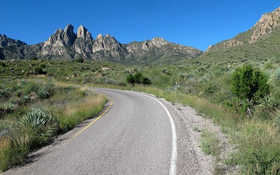 Aguirre Spring National Recreation Area: Road into Agurrie Springs