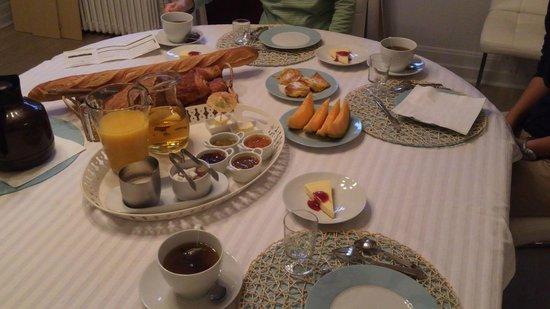 Villa Mons: 心のこもった朝食