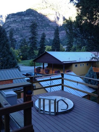 Box Canyon Lodge & Hot Springs: Soaking tubs were so relaxing!