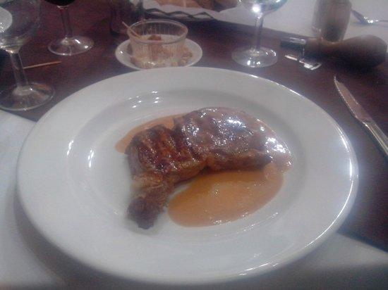 Al Jasira Hotel : Repas