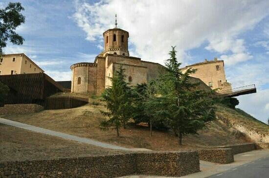 Almazan, Spanyol: desde el rio