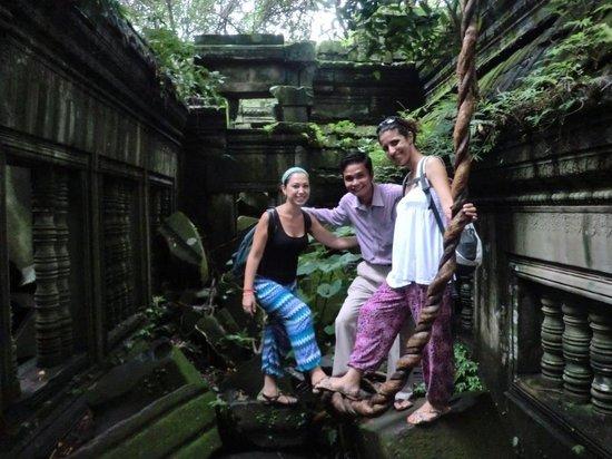 Chhayakim Private Angkor Wat Tours: Tour to Bengmealea temple