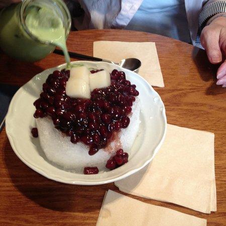 อินซาดง: 暑かったので、かき氷をいただきましたが、食べきれませんでした。