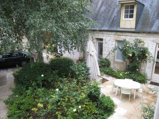 Coeur de Bourges: Yard