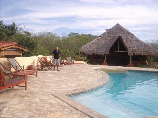 Mango Rosa Nicaragua: By The Pool