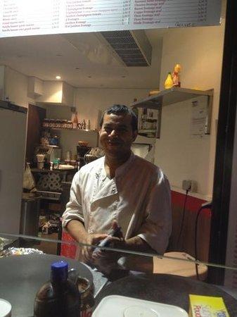 Paris City Vision: comer crepes hechos por el propio cocinero frente a nuestros ojos con los gustos que no quiera y