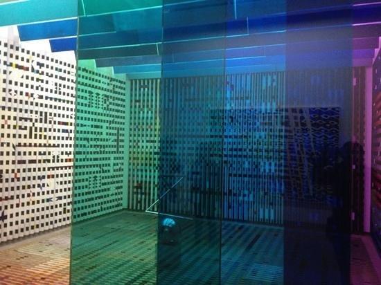 PARISCityVISION: centro pompidou. juego de colores, luces e imaginacion