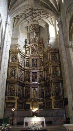 Iglesia de San Vicente: Altar