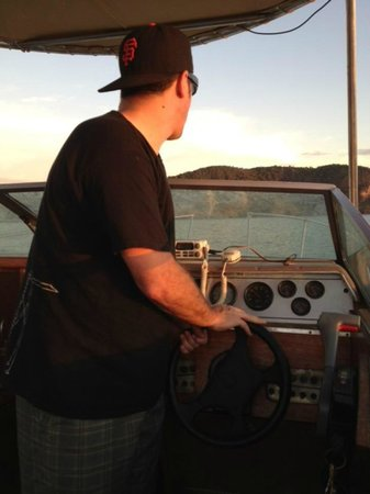 Extreme Nicaraguan Adventures: Taking the helm for a few.