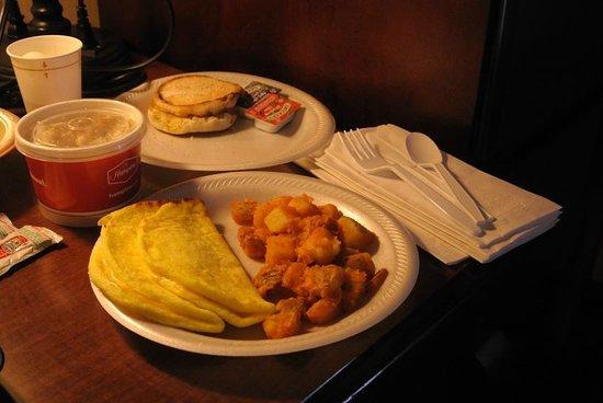 Hampton Inn Tremonton: Nice breakfast