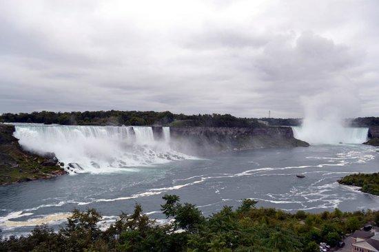 Niagara Falls: View of American and Horseshoe Falls
