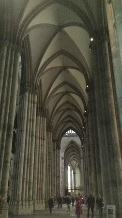 มหาวิหารโคโลญ: Inside of Dom