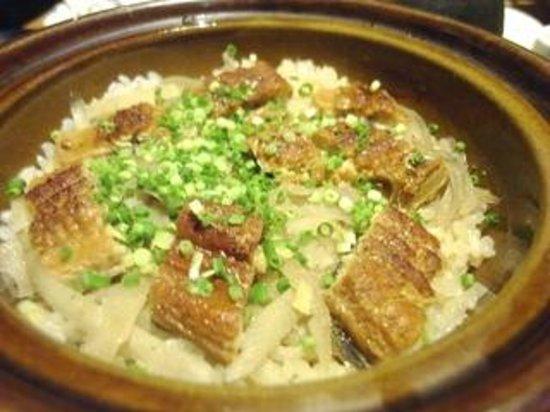 Nihombashi Suminoe: 鰻と牛蒡の土鍋ご飯2人前