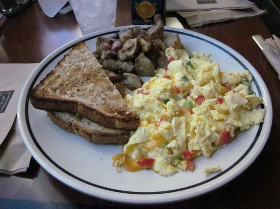 Corner Bakery - 14th St. NW: Farmer's omelette with toast and potatoes