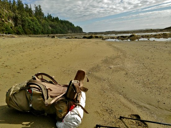 West Coast Trail: Great beach walking at low tide