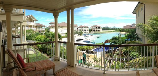 The Landings St. Lucia : Deck overlooking the marina