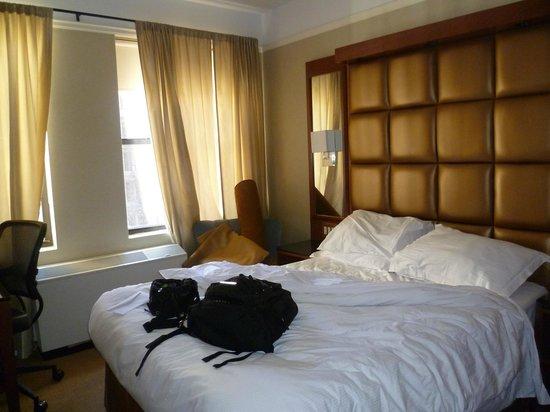 Hotel Chandler: Habitación