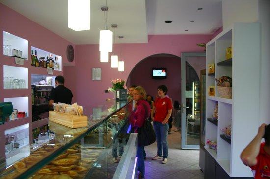 Pasticceria Caffetteria Valentino: inaugurazione