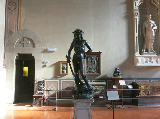 Museo Nazionale del Bargello: David