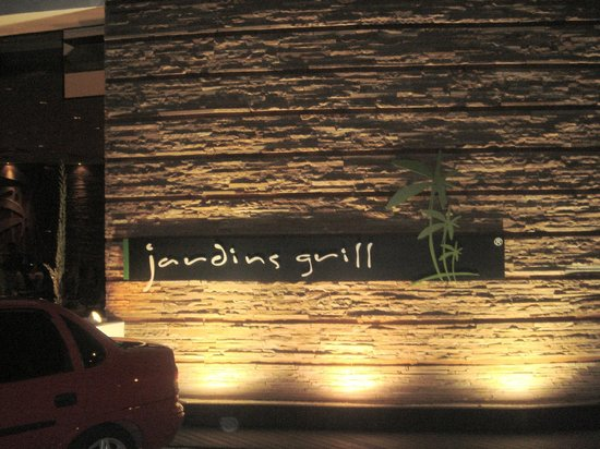 Churrascaria Jardins Grill: Front Sign