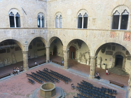 Museo Nazionale del Bargello: Central Courtyard