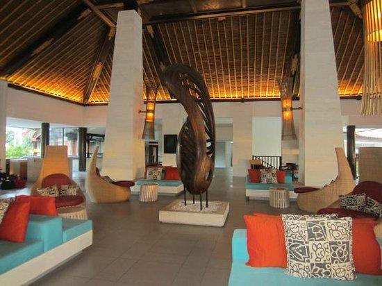 Holiday Inn Resort Baruna Bali: Entrance