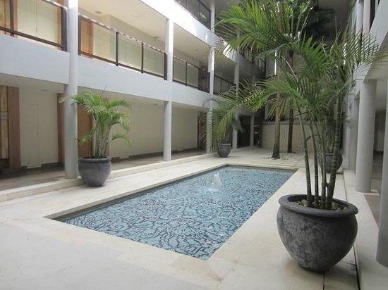 Holiday Inn Resort Baruna Bali: Inside Resort