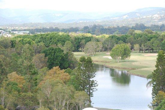 RACV Royal Pines Resort: Golf course view room