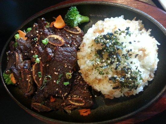 Urban Sushi & Grill: korean bbq beef shorr ribs