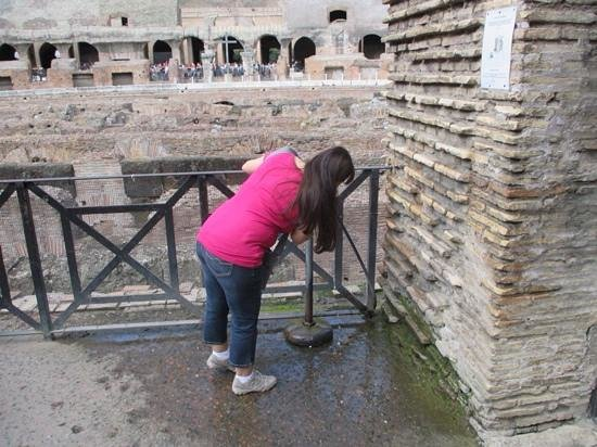 Italy Rome Tour: best water ever!