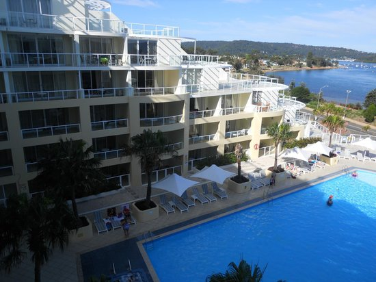 Mantra Ettalong Beach: View from balcony to pool