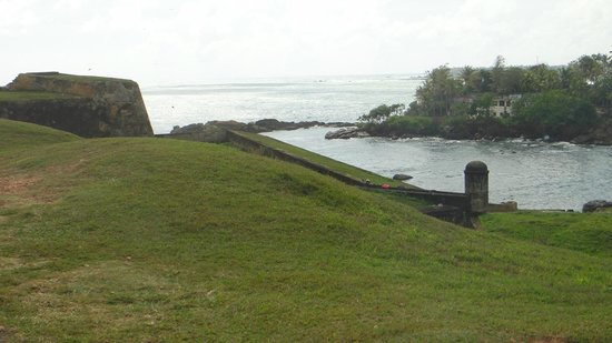 Galle Fort: very hot on this day