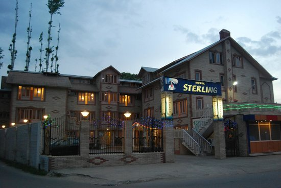 outside view hotel sterling