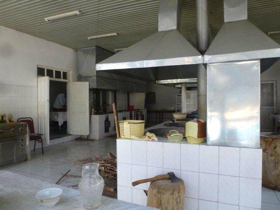 Bogi Iram: Saubere Küche