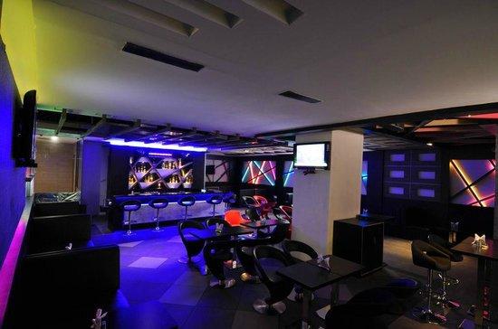 Vijay Park inn: 7th Sense Bar