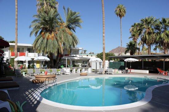 El Dorado Scottsdale: Chillin' by the pool