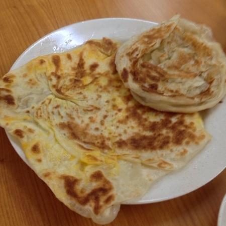 Md. Salleh Restoran: Roti Telur Bawang & Roti Canai