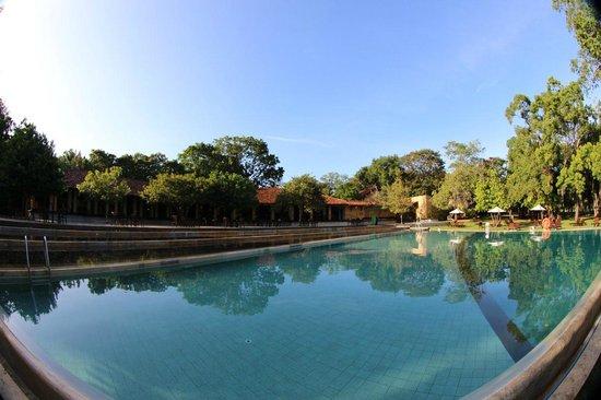โรงแรมชายา วิลเลจ ฮาบารานา: Pool