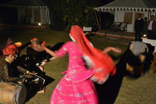 Abrar Palace Wildlife Resort: Folk dance in evening