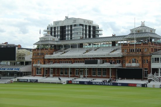 Lord's Cricket Ground: Members pavilion