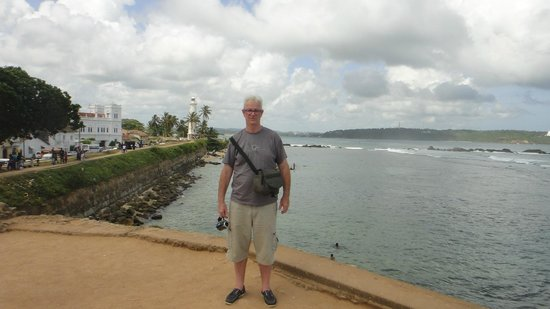 Galle Fort Lighthouse: Better views after a 10 min walk